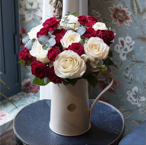 Roses bouquet delivery Madagascar
