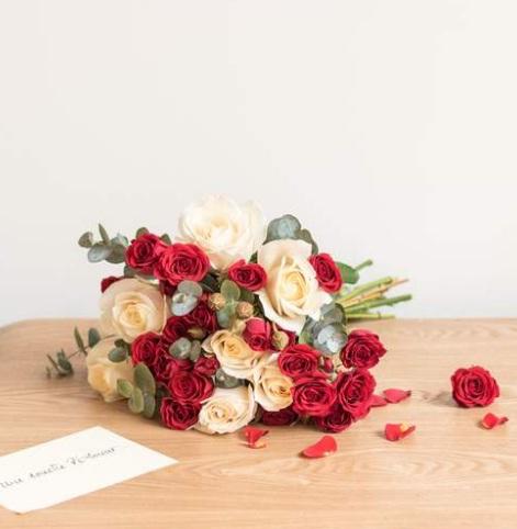 Buy flowers online Madagascar